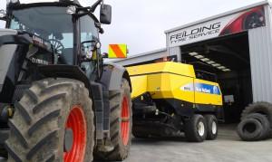 Tractor & Bailer